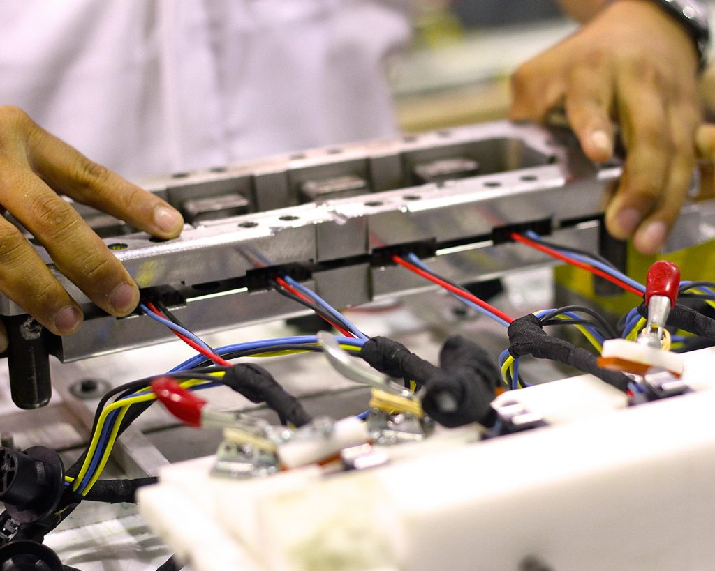 Automotive Asociacin Hondurea De Maquiladores Wiring Harness Manufacturers Directory Delphi Plc