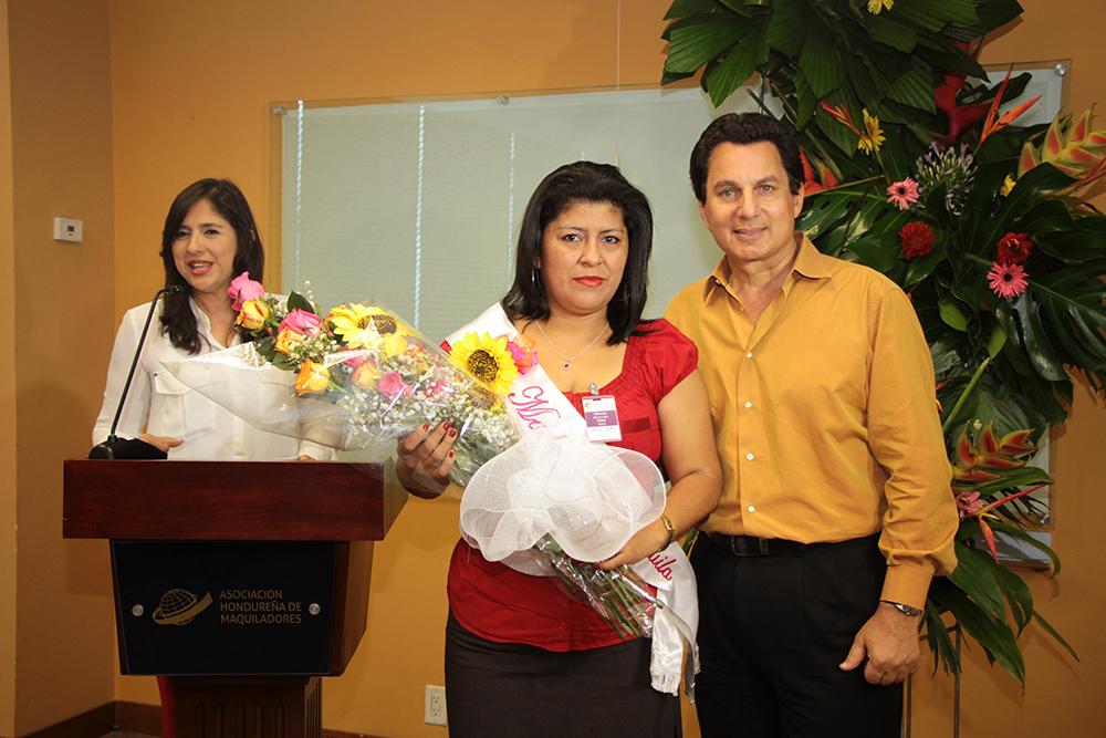 AHM celebra y premia a la Madre de la Maquila 2016