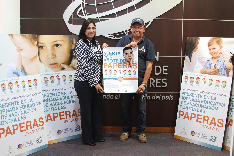 La AHM dona material educativo contra paperas a autoridades de Salud