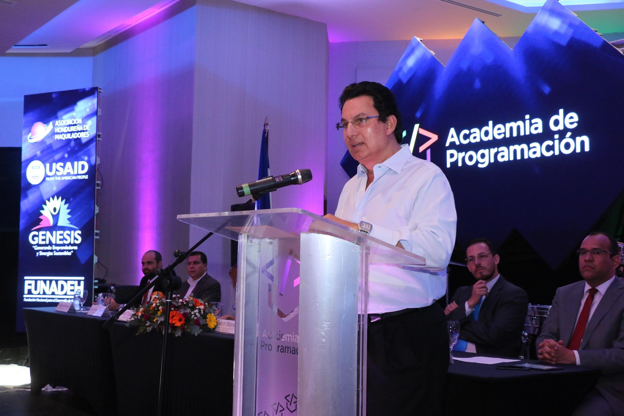 En sintonía con la tecnología y en asocio con otros actores: Maquiladores lanzan innovadora Academia de Programación con una inversión de 4 millones de lempiras