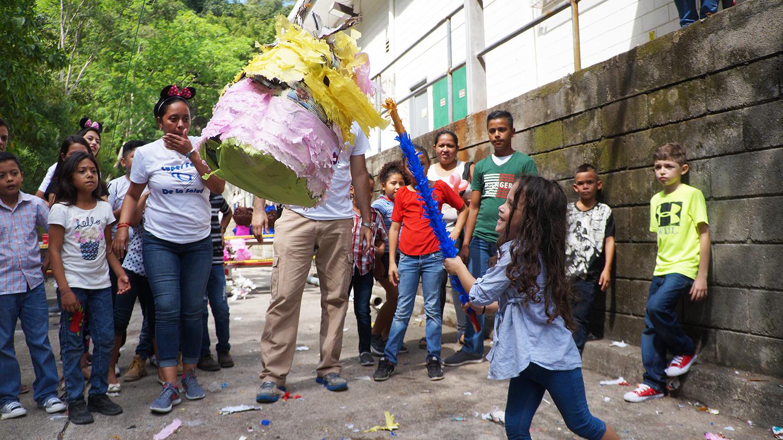 GÉNESIS APPAREL REALIZA SÚPER FERIA DE LA SALUD PARA TRABAJADORES Y SUS FAMILIAS