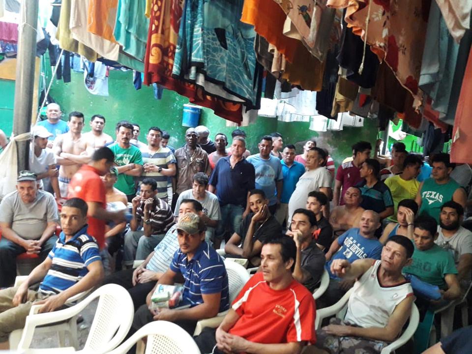 LAND APPAREL Y SUS COLABORADORES EJECUTAN PROGRAMA DE PROYECCIÓN SOCIAL