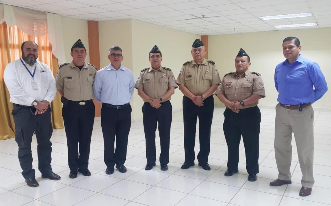 BOMBEROS RECIBEN DIPLOMADO DE LA UNIDAD DE SEGURIDAD Y SALUD OCUPACIONAL DE LA AHM