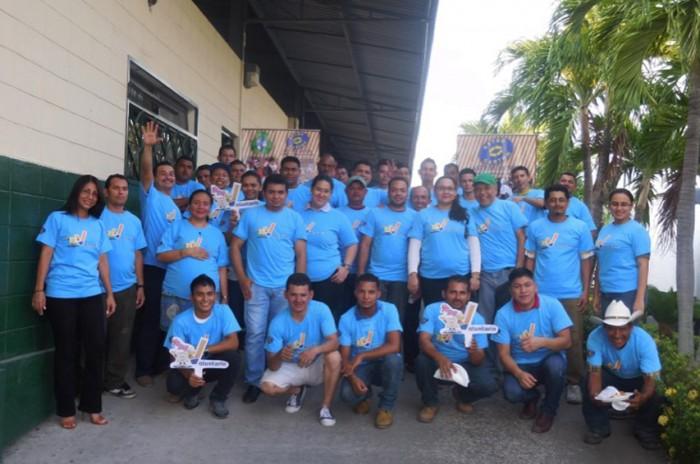 Voluntariado de Astro Cartón visita vivero Santa Ana de San Pedro Sula