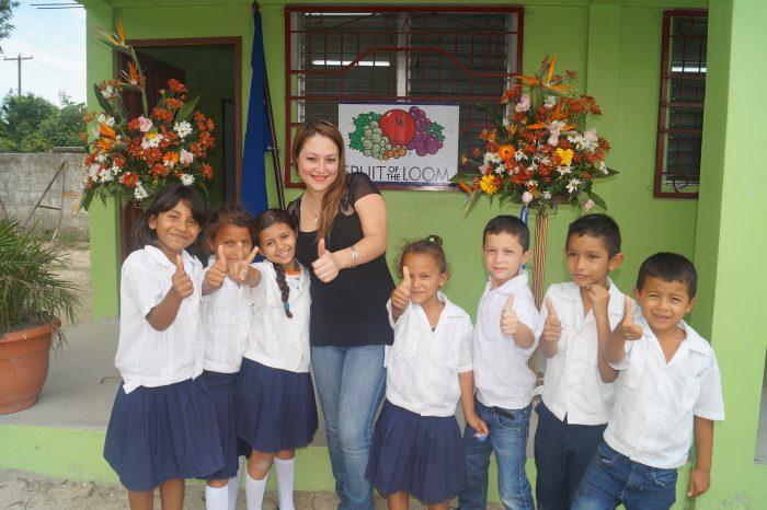 Jerzees Nuevo Día inaugura aula escolar