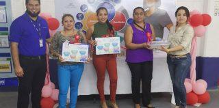 MADRES DE LAND APPAREL RECIBEN HOMENAJE